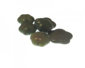 Green Flower Power, 6 Dyed Turquoise Beads