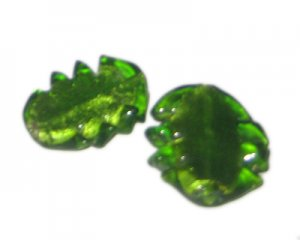 32 x 28mm Green Foil Leaf Lampwork Glass Bead, 2 beads