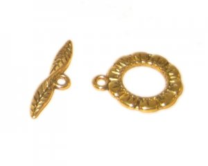 16 x 14mm Gold Toggle Clasp - 2 clasps