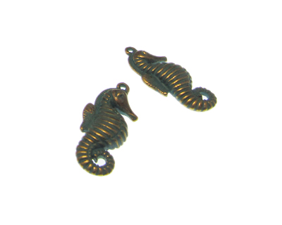 32 x 14mm Seahorse Antiqe Green Petina Metal Pendant, 2 pendants